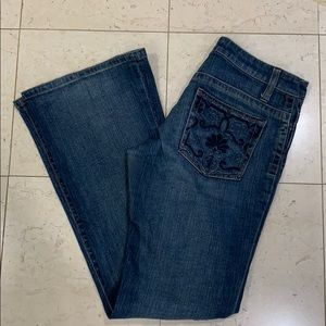 B D Bluejeans, boot leg, low waist. Size 28